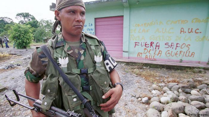 Paramilitar en Colombia.