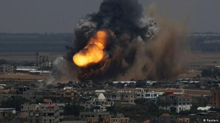 حملات اسرائیل به نوار غزه در ۸ ژوئیه ۲۰۱۴
