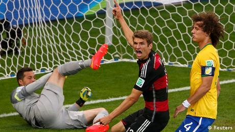 Fußball WM 2014 Halbfinale Deutschland Brasilien Tor (Reuters)
