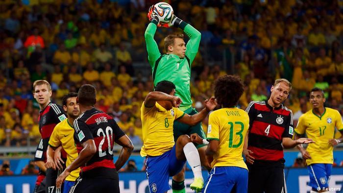 Fußball WM 2014 Halbfinale Deutschland Brasilien Neuer
