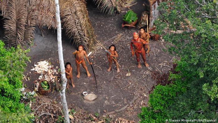 Gemeinde unkontaktierter Indigener in Brasilien