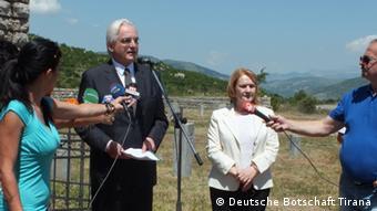 Helmut Hoffmann deutscher Botschafter Albanien Gedenken Borova