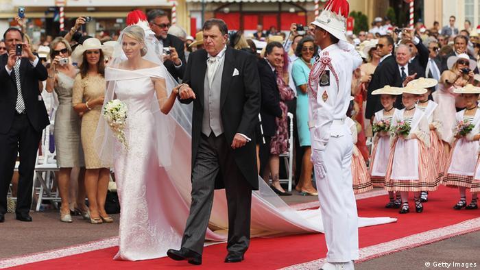 Bildergalerie Giorgio Armani Charlene von Monaco Hochzeitskleid (Getty Images)