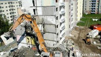 Demolition of a building in Stralsund