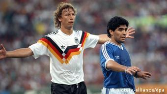 Μαραντόνα και Μπούχβαλντ αντίπαλοι στον τελικό του 1990 στη Ρώμη