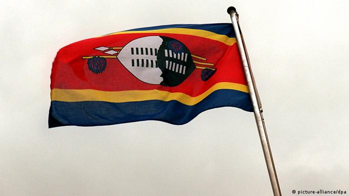 Swasiland Flagge (picture-alliance/dpa)