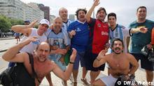 Bildergalerie WM Finale Fans auf der Copacabana Netto 4 v. l.