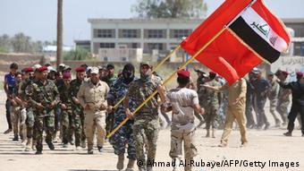 Irak Schiiten melden sich als Freiwillige für die irakische Armee