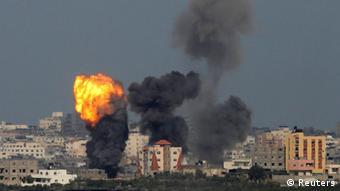 Palästina Israel Luftangriff auf den Gazastreifen 13.07.2014