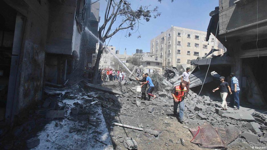 Israel aceita, mas Hamas rejeita cessar-fogo proposto pelo Egito   DW   15.07.2014