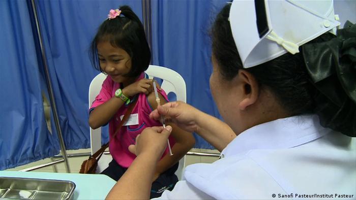 Vaccinating a child Photo: Sanofi Pasteur