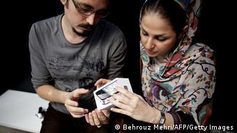 مکارم شیرازی تکنولوژی غربی را آب گلآلود و غیربهداشتی توصیف کرده است