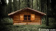 #54445587 - Jagdhütte© by-studio Autor by-studioPortfolio ansehen Bildnummer 54445587 Land Deutschland