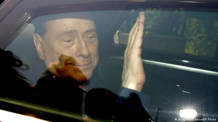 Berlusconi leaves his fraud trial