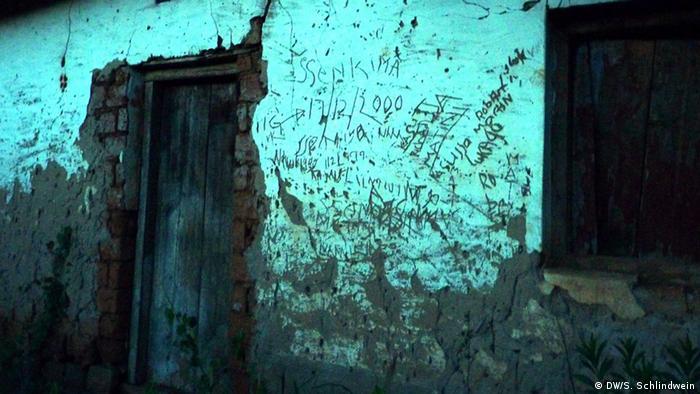 Verlassene Häuser in Kasensero (Foto: Schlindwein)