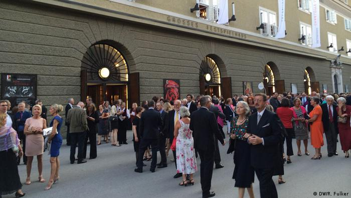 Crowd in front of the Großes Festspielhaus in Salzburg. Photo: Rick Fulker
