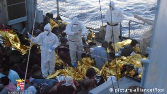 Italien Mittelmeer Marine Rettung Bootsflüchtlinge 18.07.2014