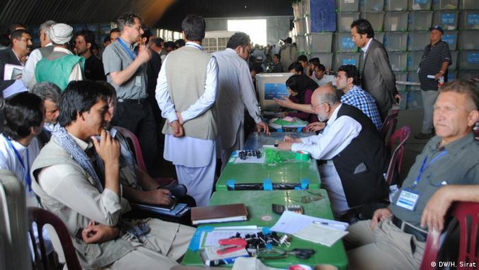 Bildergalerie Afghanistan Wahlen Neuauszählung 19.7.2014
