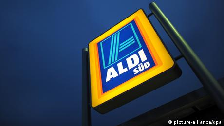 Алди е сред най-мощните дискаунт вериги от супермаркети в Германия. Семейството на Карл Албрехт, който почина през 2014 година, ръководи южния клон на компанията (Aldi Süd). Със състояние от 23 милиарда евро фамилията се нарежда на четвърто място в класацията на списание Bilanz. Не само в Германия Алди е един от основните конкуренти на Лидл.