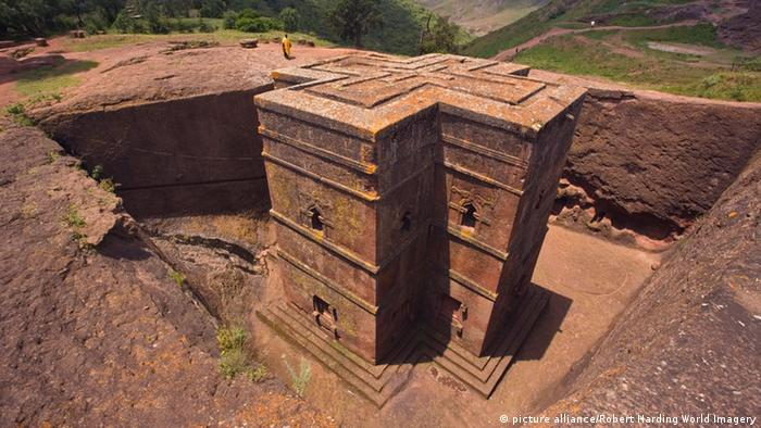 Bet Giyorgi Felsenkirche von Lalibela in Äthiopien (Foto: picture alliance/Robert Harding World Imagery)