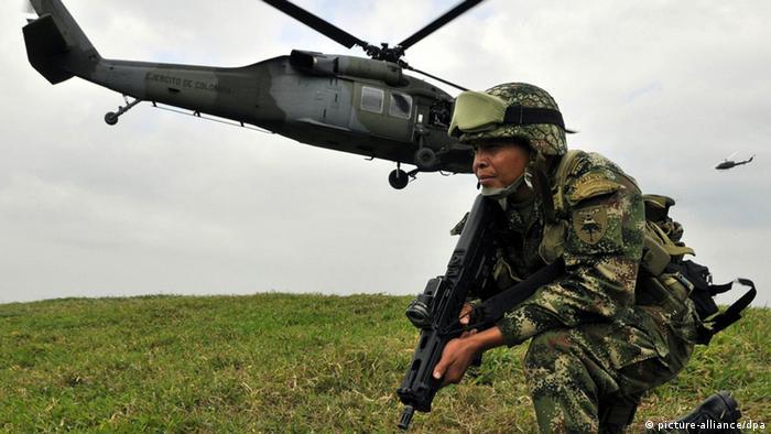 Kolumbien Armee bekämpft FARC-Rebellen