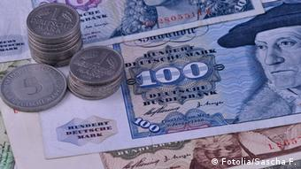 West German Deutschmark bills and coins, Copyright: Fotolia/Sascha F