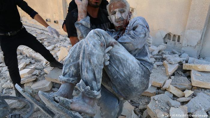 حملات هوایی به حلب