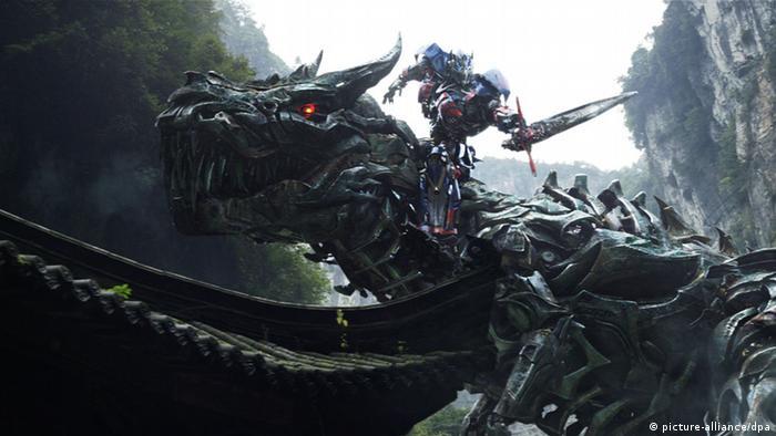 Filmszene Transformers Ära des Untergangs (picture-alliance/dpa)