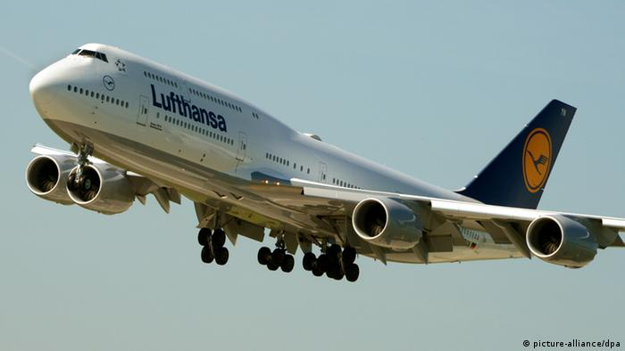 A 747-8 series jet for Lufthansa