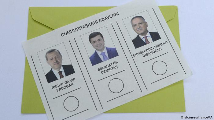 Wahlzettel Präsidentschaftswahlen Türkei (picture-alliance/AA)