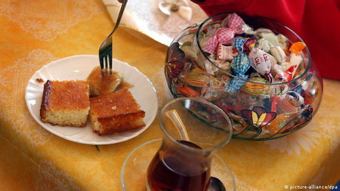 Beautiful Dessert Eid Al-Fitr Feast - 17812412_303  You Should Have_421422 .jpg