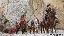 Kirgisien Kirgistan Kyrgyztan Kirgisistan Filmszenen Kurmajan Dantka