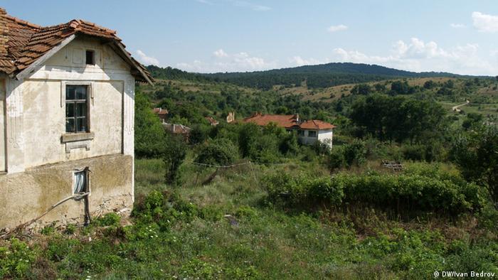 Голям брой имоти в провинцията пустеят