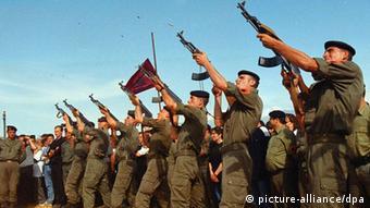 Μαχητές των δυνάμεων του UCK (2000)