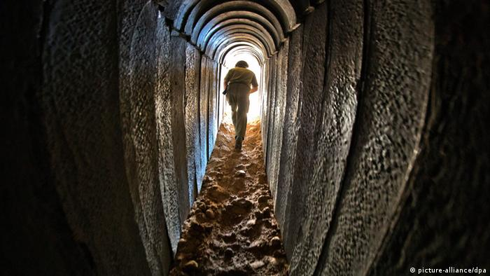 Tunnel below Gaza. (Photo: EPA/JIM HOLLANDER)