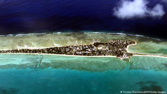 Luftbild Tarawa-Atoll Kiribati (Torsten Blackwood/AFP/Getty Images)