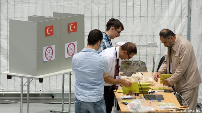 Türkei Präsidentenwahl Wahllokal in Frankfurt