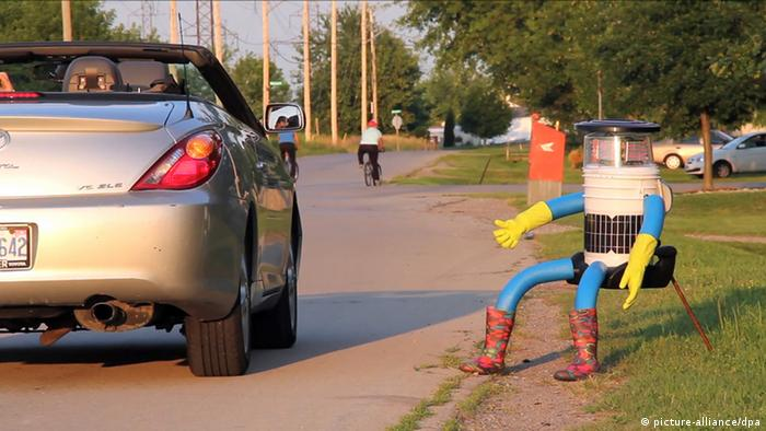 HitchBOT Reisen per Anhalter (picture-alliance/dpa)