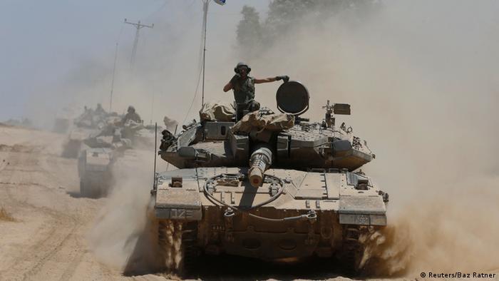 """""""Israel só tem a perder com guerra em Gaza"""", diz Amós Oz"""