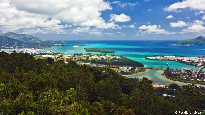 Luftbild Victoria auf Mahe, Seychellen (Fotolia/Unclesam)