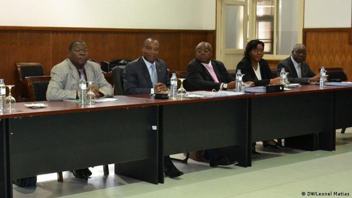 Representantes do Governo de Maputo nas negociações de paz