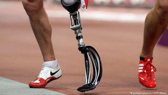 Протез атлета-паралимпийца