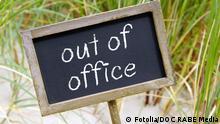 59839723 - out of office© DOC RABE Media Autor DOC RABE MediaPortfolio ansehen Bildnummer 59839723 Land großbritannien