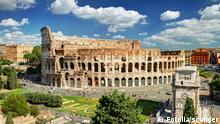#55012528 - View of the Colosseum in Rome© scaliger Autor scaligerPortfolio ansehen Bildnummer 55012528 Land Russische Föderation