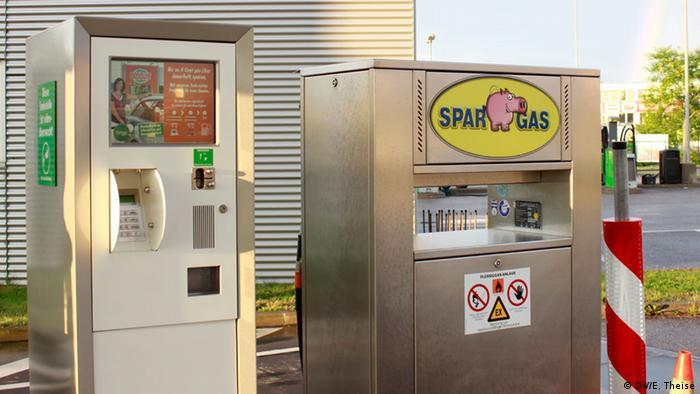 Eine Tanksäule der von Kurtschenko und Asarow gekauften Flüssiggasfirma Sparschweingas