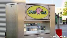 Eine Tanksäule der Flüssiggasfirma Sparschweingas. Bild: DW/E. Theise 2014
