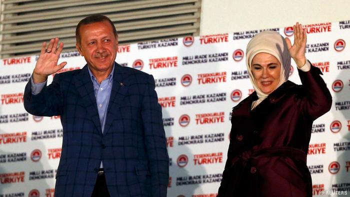 Erdoğan, 10 Ağustos 2014'te Türkiye siyasi tarihinde halkoylaması ile seçilen ilk Cumhurbaşkanı oldu.