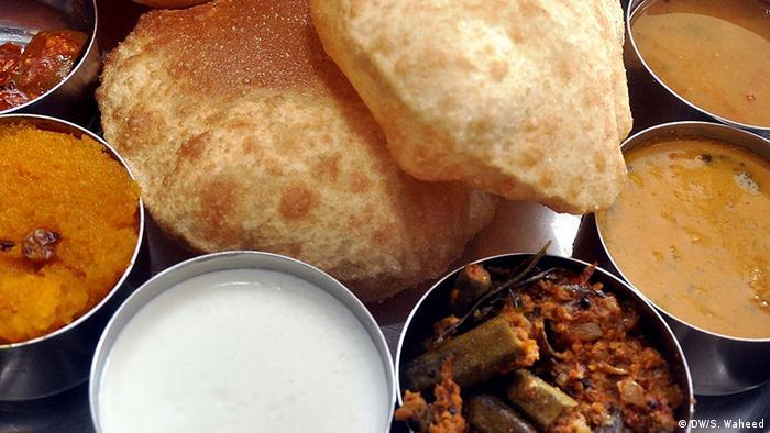 Indien Land und Leute Kochen und Essen (DW/S. Waheed)