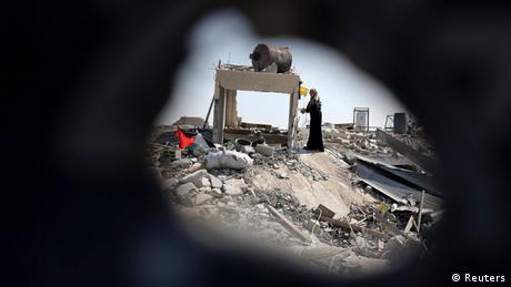 إعدام 18 فسلطينيا في غزة بتهمة ″التعاون″ مع إسرائيل   أخبار   DW.DE   22.08.2014