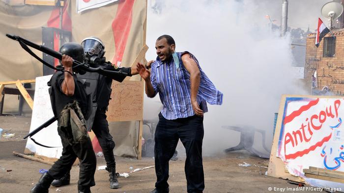 Kairo Erstürmung der Protestlager von Mursi Anhängern Archivbild 2013